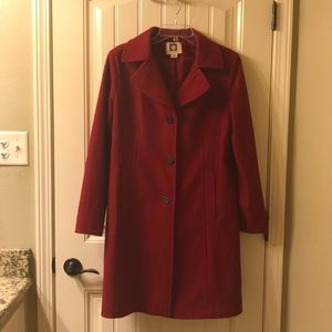 Gorgeous red Anne Klein medium lined coat.